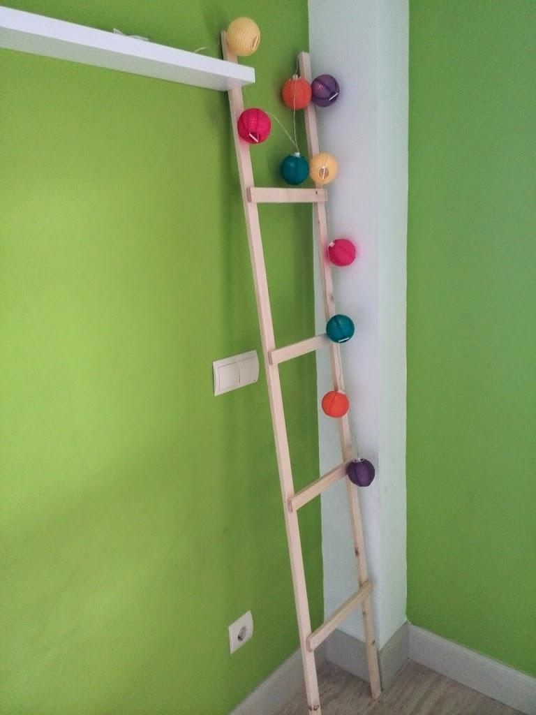 Escalera decorativa de madera la fabriquilla for Escalera decorativa